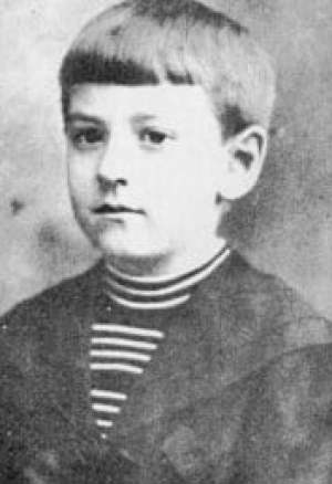 Howard Philips Lovecraft c 9 years old.